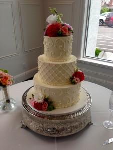 cake by Martine's