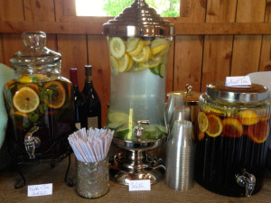 Best signature drink I have had this year:  sweet tea, fresh lemon, fresh mint, and vodka! Everyone LOVED it.